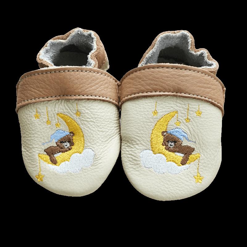 Macis puhatalpú cipő